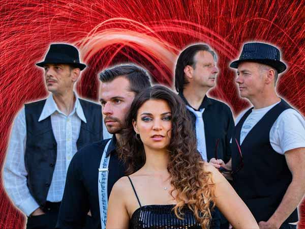 Schlagerband in der Besetzung 4 Musiker + Sängerin